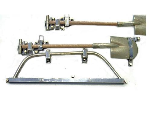 Ätzteilesatz mit Werkzeugen Fuchs