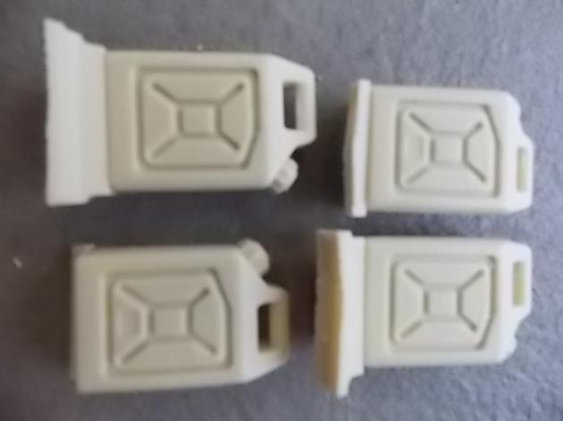 Moderne Kunststoffkanister Typ 1