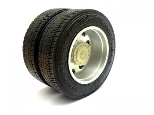 Lowliner Reifen in der Größe 315/60/R22,5