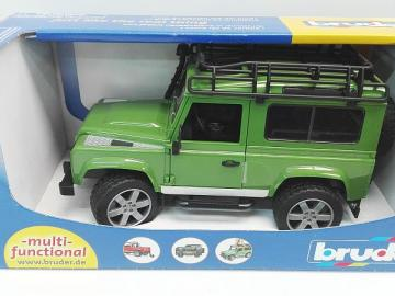 Bruder Land Rover Defender 1:16