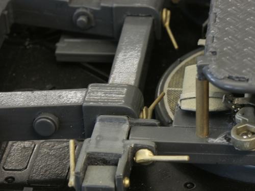 Bolzensatz groß für Triebwerkskonsole