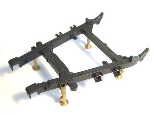 Stützfüße für Triebwerkskonsole
